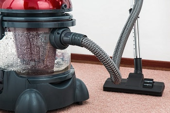 How-often-do-I-need-to-clean-my-carpet-vaccuum